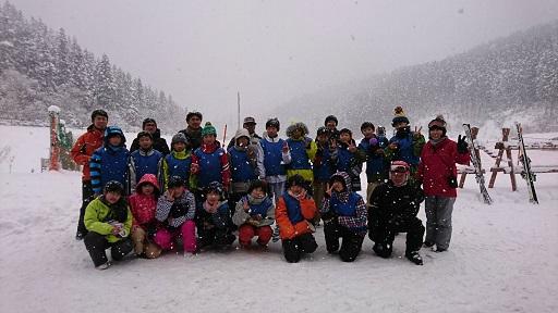 6年生がスキー研修に行きました。
