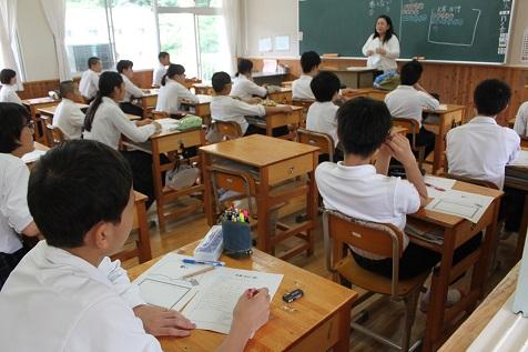 非行防止教室を行う。