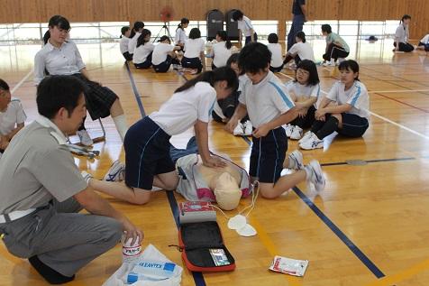 救急法を学びました。
